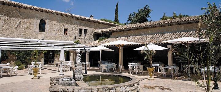 Le domaine de la reynaude vegoresto for Vive le jardin salon de provence horaires