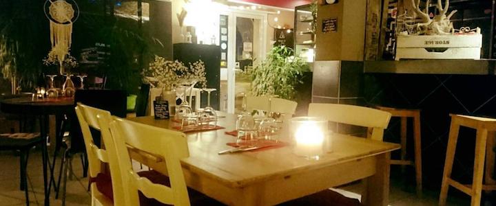 restaurant-vegetarien-aigues-morte-le-feu-au-plume1