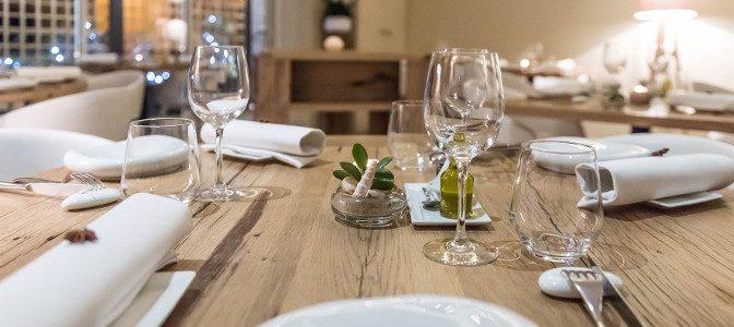 la-badiane-table-de-restaurant-sainte-maxime